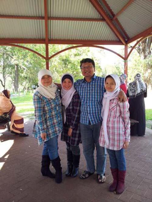 contoh photo keluarga seadanya 2